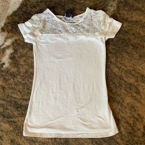 H&M white lace tee